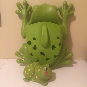 Boon Frog Pod Bath Tub Scoop Toy Storage Holder